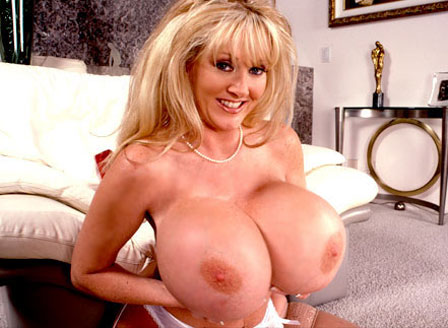 Sexy Milf With Massive Tits